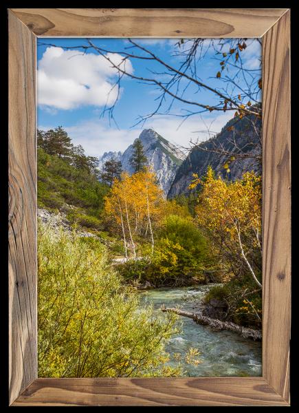 Herbst-im-Hinterautal-im-altholz-rahmen