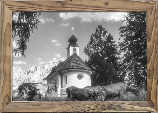 Kapelle-Maria-Königin-Lautersee-Altholzrahmen