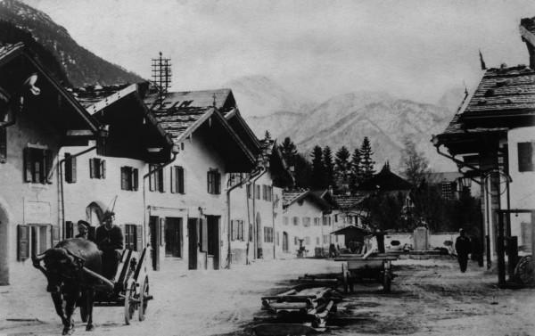 Mittenwalder Obermarkt um 1930