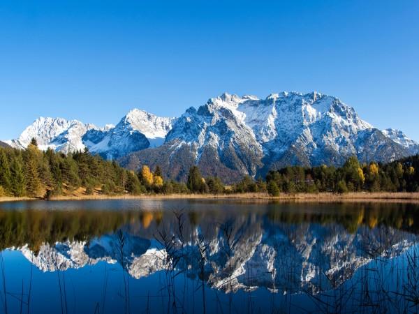 Tassenmotiv Luttensee im Herbst