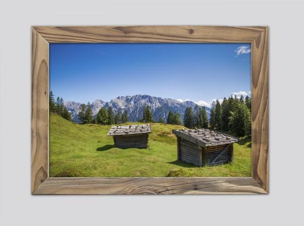 alte-Heustadl-am-Kranzberg-im-altholzrahmen