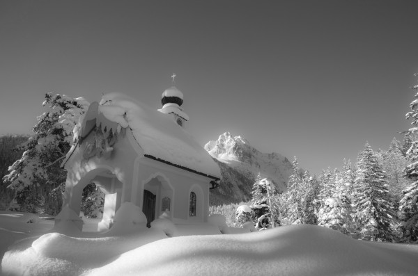 Kapelle Maria Königin im Winter