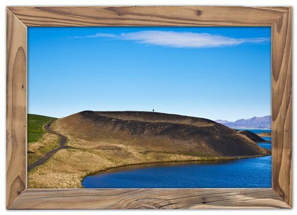 Einsam am Kraterrand