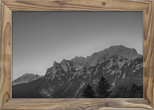 Karwendel-schwarzweiss-Altholzrahmen